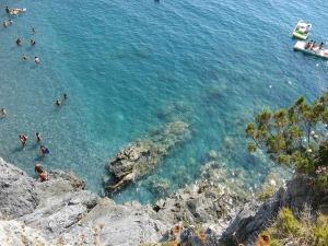 Seashore calabria-177874_640